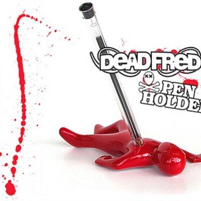 Dead Fred - stojánek na tužku