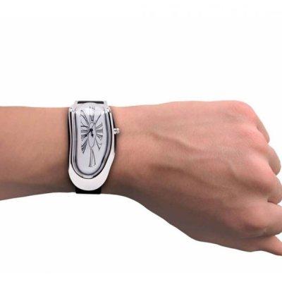 Tekoucí hodinky
