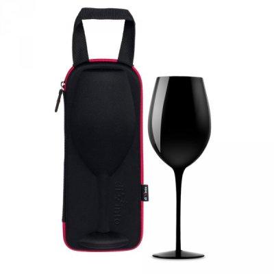 Slavnostní obří sklenice na víno
