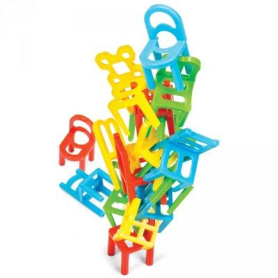 Balancující židle